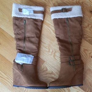 Genisiss Cognac Tall Boots NWT